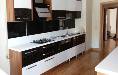 Ankara Yenimahalle Akrilik Kapaklı Mutfak Dolabı