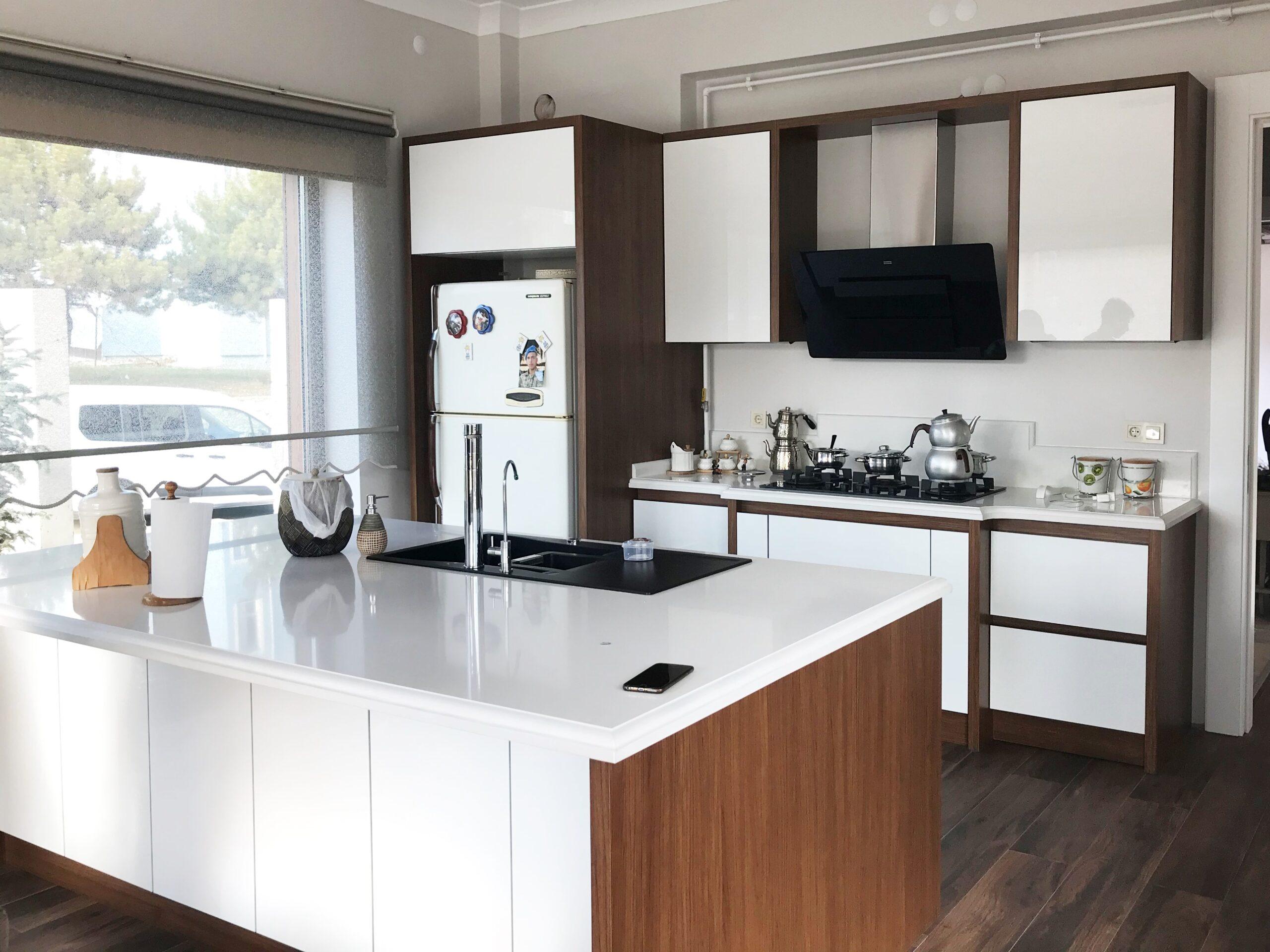 Ankara Modern Akrilik Mutfak Dolabı Ada Mutfak